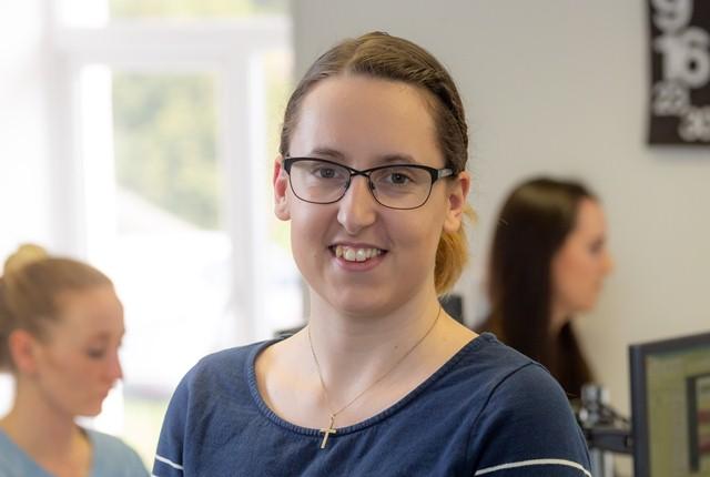 Leanne Oliver
