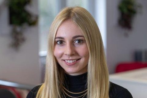 A photo of Francesca Lewis